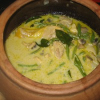 Thai Green Chicken Curry- in a Claypot!